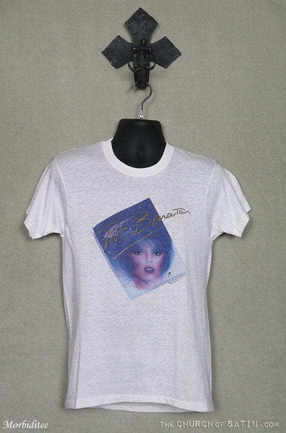 Pat Benatar 1981 T-shirt, soft thin white tee, Joa