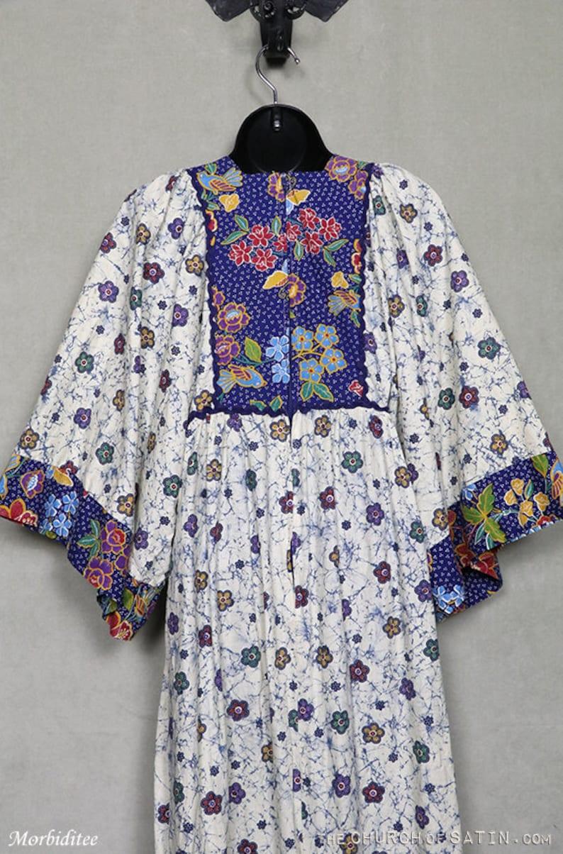 tribal 70s festival maxi dress prairie boho bohemian 1970s Victorian 70s cotton print blue ivory floral flowers,angel wing sleeves