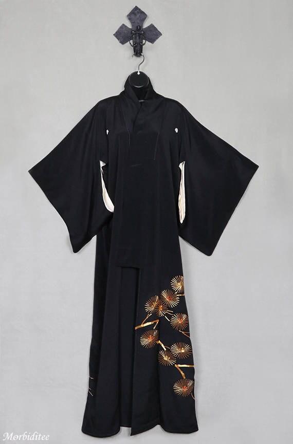Vintage black silk kimono robe or coat or dressing gown gold  85ee52913