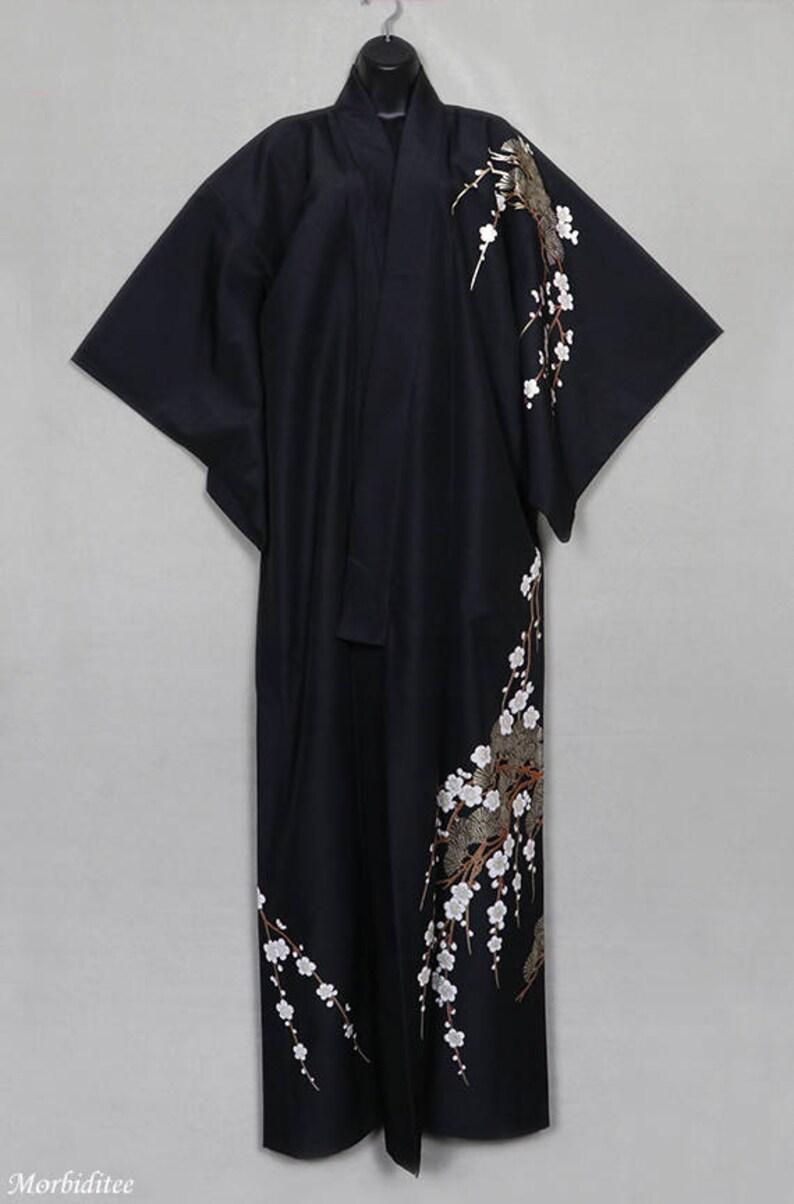 Vintage black silk kimono robe or coat or dressing gown  605dc1873