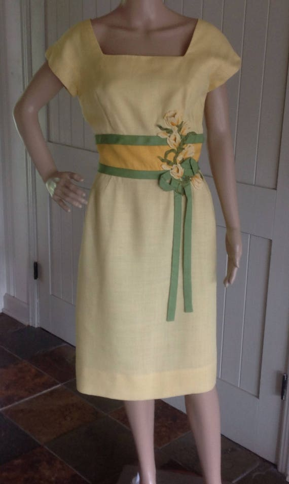 Vintage Dress by Peggy Hunt 1950/60 in soft Cream