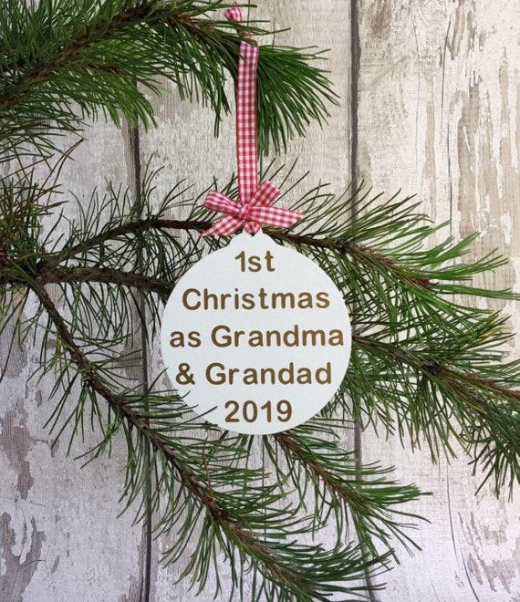 Personnalisé Bébé Noël Baubles grands-parents Décoration Céramique Cadeau