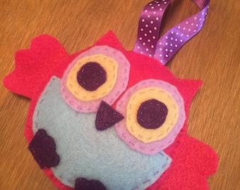 Felt hanging owl