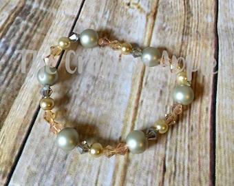 Silver and Gold pearl stretch bracelet with crystal beads