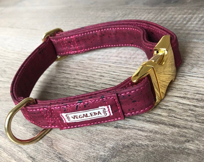 Dog Collar, blue green / gold, vegan, 2.5 cm wide, various sizes, adjustable click closure 39,00 Euro