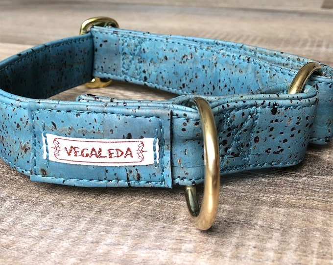 Adjustable dog collar 3 cm wide + matching dog leash HAWAIIBLUE, gold or silver look, vegan, 113.99 euro