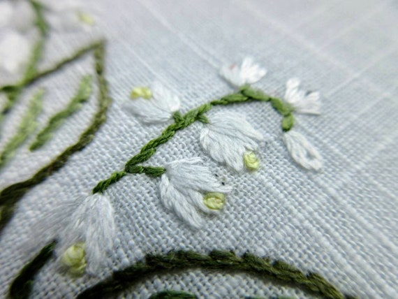 Delicate lily of the valley cotton handkerchief hand embroidered floral wedding hankie white flowers embroidery napkin mat birthday custom