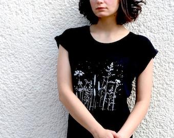 Plant Shirt for Women, Botanical Screen Print Shirt, Floral Graphic Tee, Nature T-Shirt
