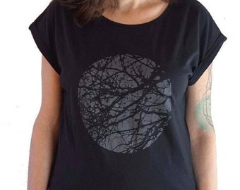 Graphic Tee for Women, Minimalist Tree Shirt, Rolled Sleeve Printed T-shirt
