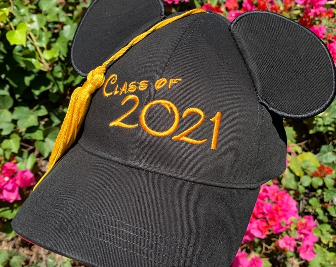 Class of 2021 Graduation Mickey Mouse Baseball Cap with Tassel