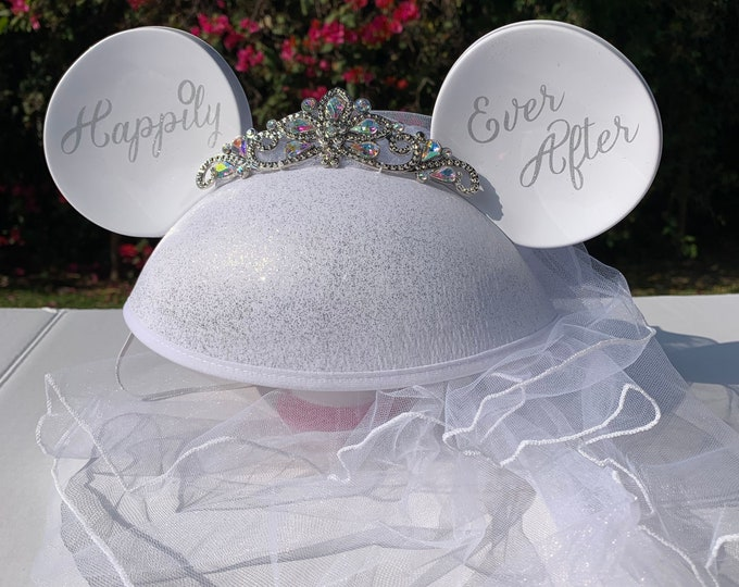 NEW Personalized Minnie Mouse Bridal Veil Ear Hat