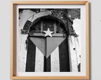 Old San Juan Door.  Urban photography, San Juan, Puerto Rico, decor, wall art, artwork, large format photo.