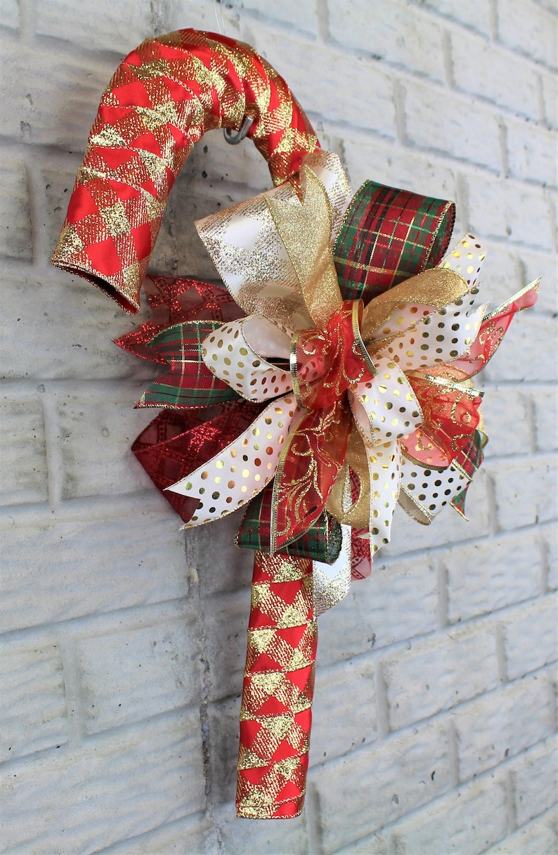Red and Gold Christmas Candy Cane Wreath Candy Cane Door Hanger Candy Cane Christmas Decor Christmas Decor Candy Cane Christmas Wreath