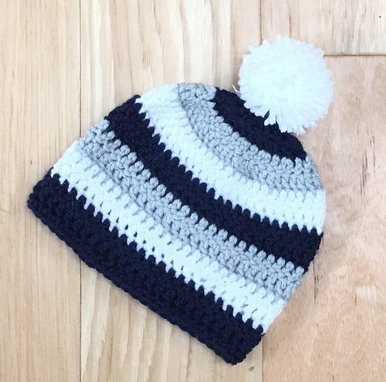 Christmas Pug Scarf Knit Caps Beanie Skull for Mens Gray