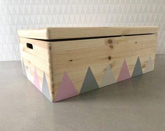 Wooden Toy Box XL Rolls Triangle White Lid