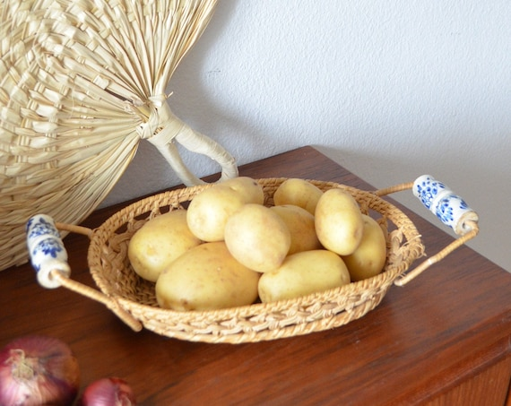 Vintage rattan fruit bowl with ceramic white blue floral basket bowl vintage wicker fruit basket round