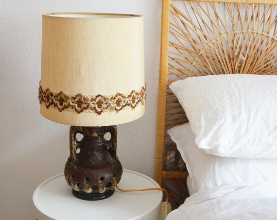 Mid century table lamp in ceramic, vintage brown lamp