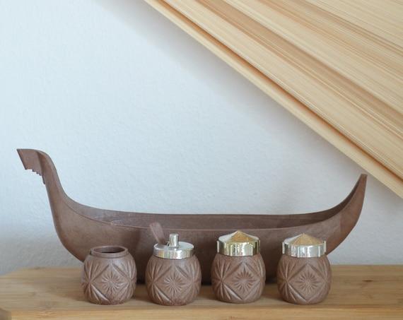 Vintage Wood Salt Shaker Pepper Shaker Set Ship Vikings boheme