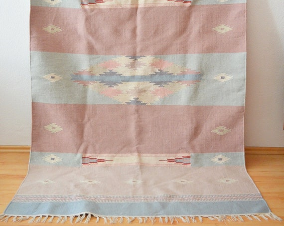 Vintage Kelim Carpet pink old pink light blue cream boho rug kilim 175 x 120 cm