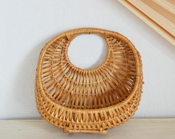 Vintage rattan wall basket wicker wall basket plants planting basket wall planter boho