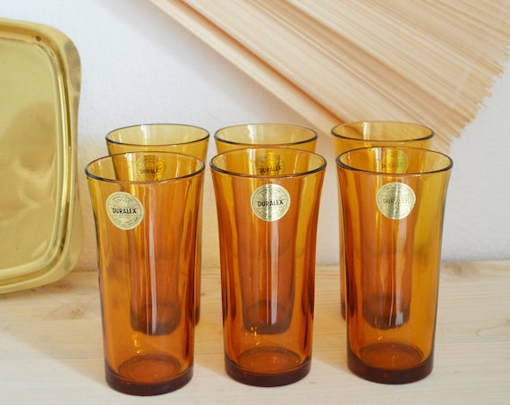Set of 6 glasses amber with brass tray, amber brass