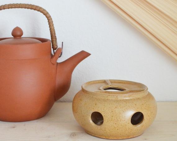 Stövchen stoneware beige speckled vintage