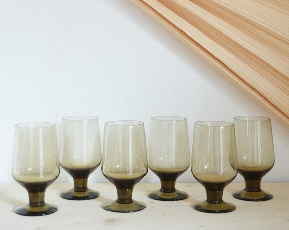 Set of 6 vintage wine glasses green / black drinking glasses