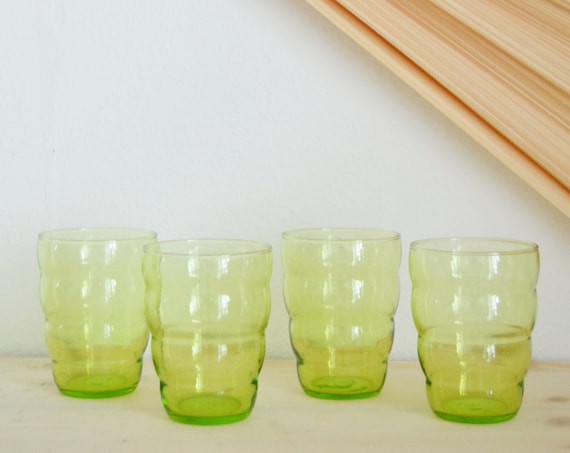 Set of 4 drinking glasses glass wave-shaped wave wave green