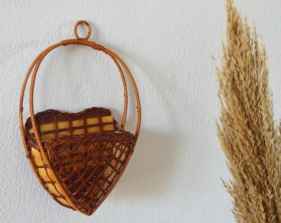 Vintage rattan wall basket heart wicker wall basket plants planting basket wall planter boho
