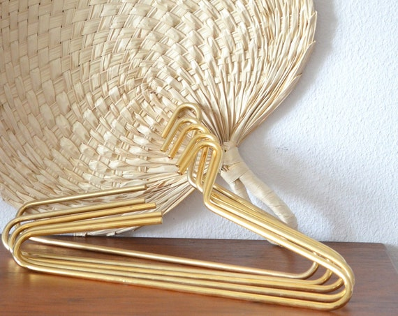 Set of 5 vintage brass hangers