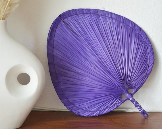 Vintage palm frond hand fan rattan boho boheme purple 50 cm tall
