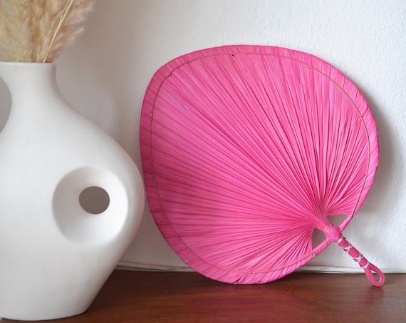 Vintage palm frond hand fan rattan boho boheme pink 50 cm tall
