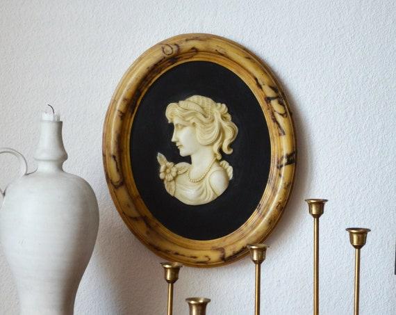 Vintage soapstone cameo gemme relief picture woman brooch beige, cream, black Art Nouveau Biedermeier cameo