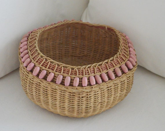 Vintage rattan fruit bowl basket bowl vintage boho pink wicker fruit basket round