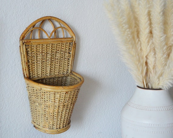 Vintage rattan wall basket wicker wall basket plants planting basket wall planter boho