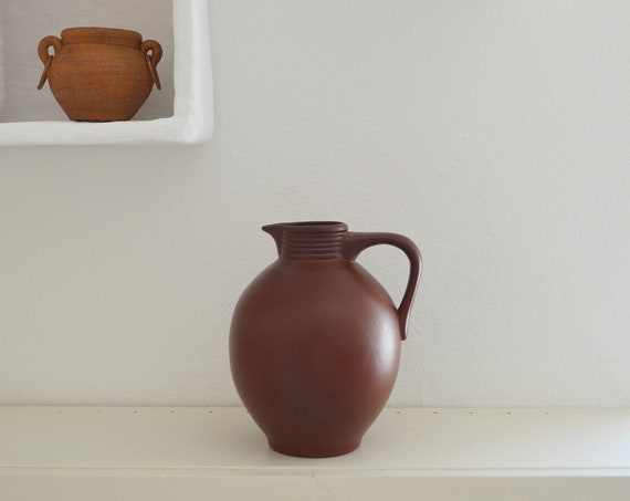 Vintage jug ceramic vase jug 1960s rust brown terracotta home décor mid century danish design studio pottery