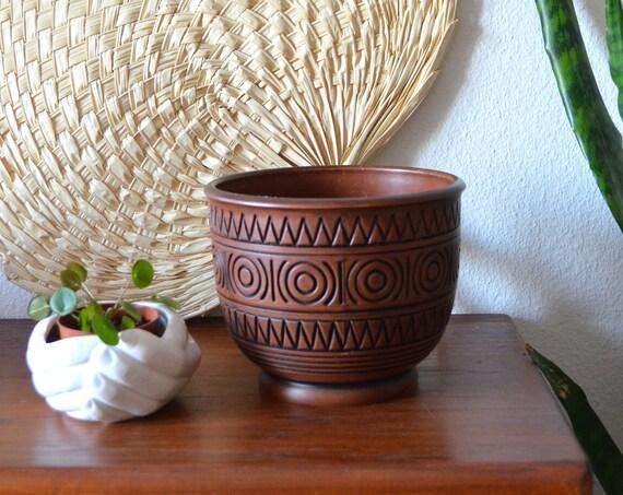 Vintage flower pot plastic teak wood boho