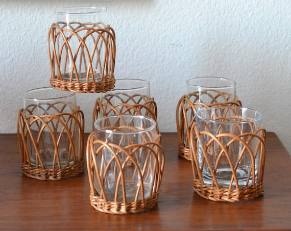 Set of 6 vintage rattan glasses, drinking glasses, tea glasses, basket, wicker glasses cups mug boho home décor flowers
