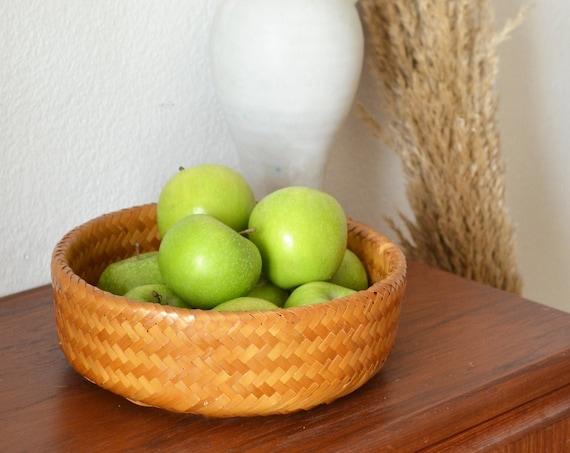 Vintage rattan fruit bowl basket bowl vintage wicker fruit basket round
