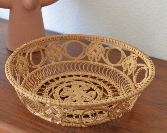 Rattan basket round vintage bread basket Bamboo wicker basket boho bohemian