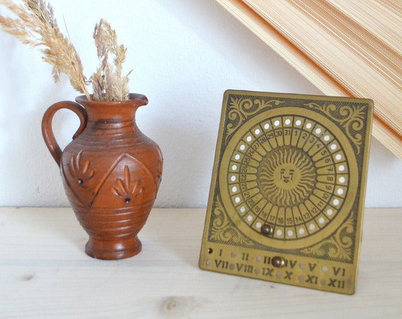 Vintage calendar in brass, table calendar sun, calender sun brass