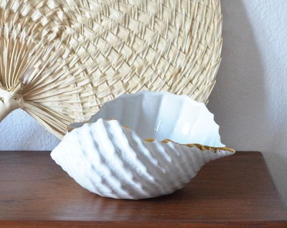 Vintage shell vase planter white gold shell white large