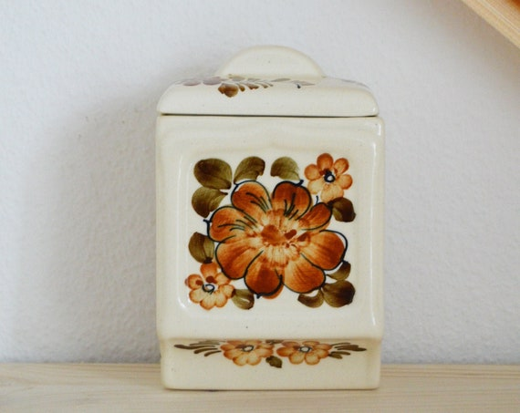 Vintage wall storage kitchen ceramic handpainted folklore shabby chic floral floral