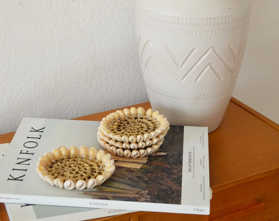 Set of 4 coasters Set of shells 11 cm