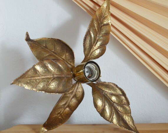 Vintage wall lamp brass gold leaves