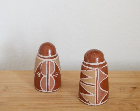 Vintage ceramic salt shaker pepper shaker set ethno boho
