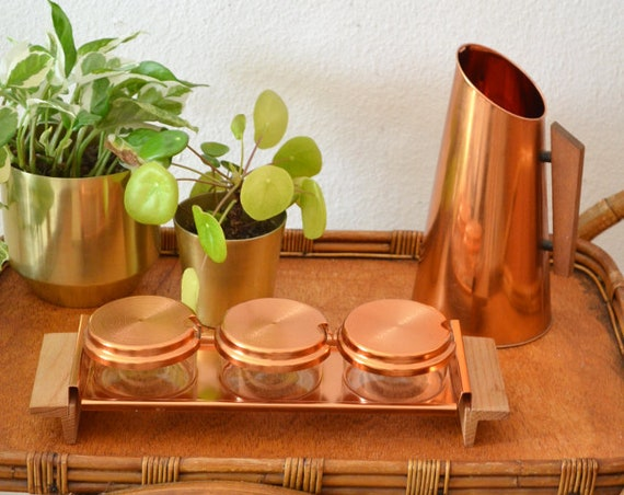 Serving set of glass, wood, copper, bowl with blankets, bowl and tray jam glass Honigglas
