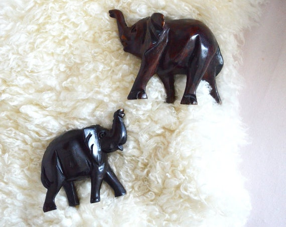 Set of two wooden elephants African boho