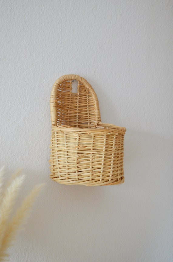 Vintage rattan wall basket wicker wall basket plants planting basket wall planter boho SMAll