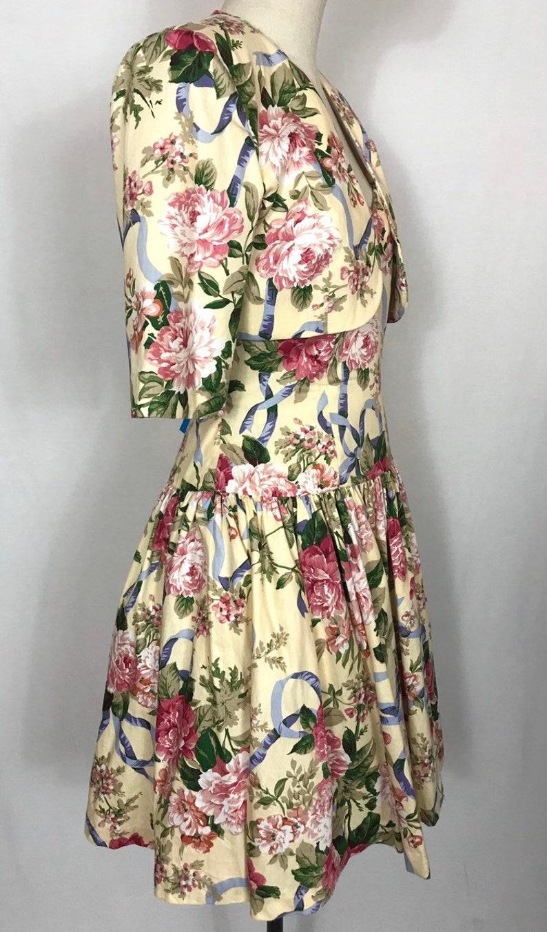 Full skirt dress. Cocktail dress Wedding guest dress Vintage dress Rose dress Romantic summer dress Party dress
